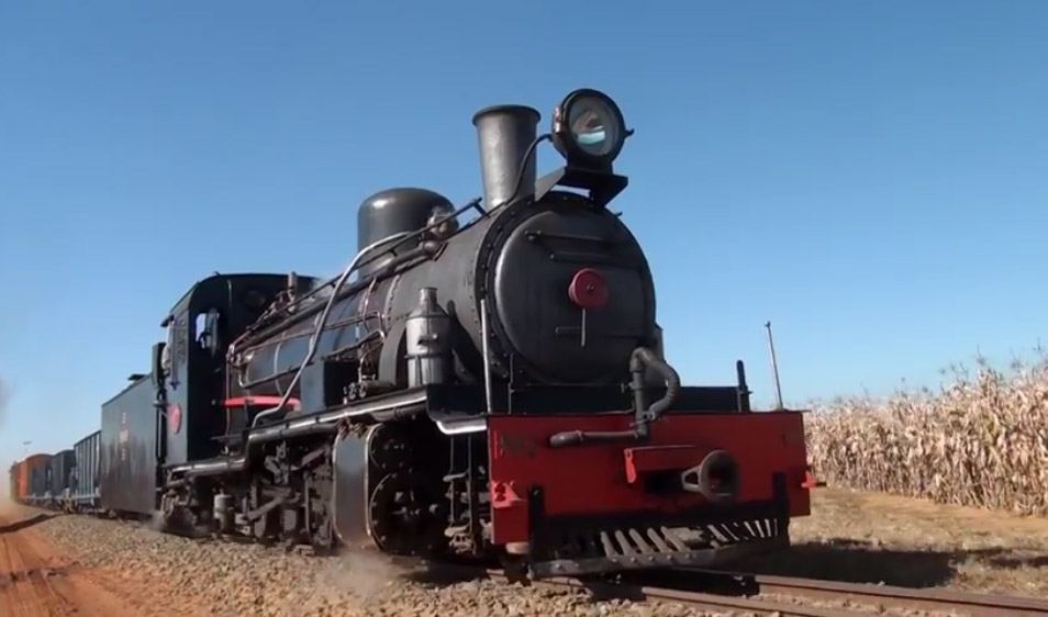 Sandstones Kalahari Locomotive video title image